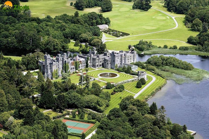 sân vườn lâu đài đẹp nhất thế giới