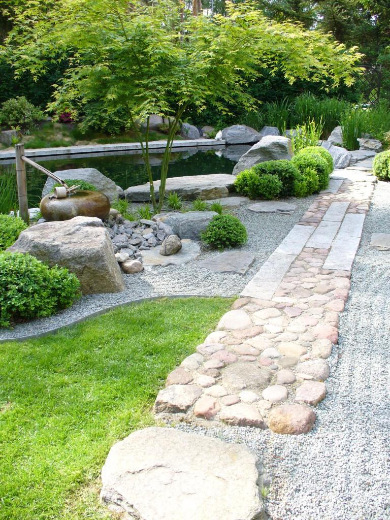 Thi công sân vườn nhật bản